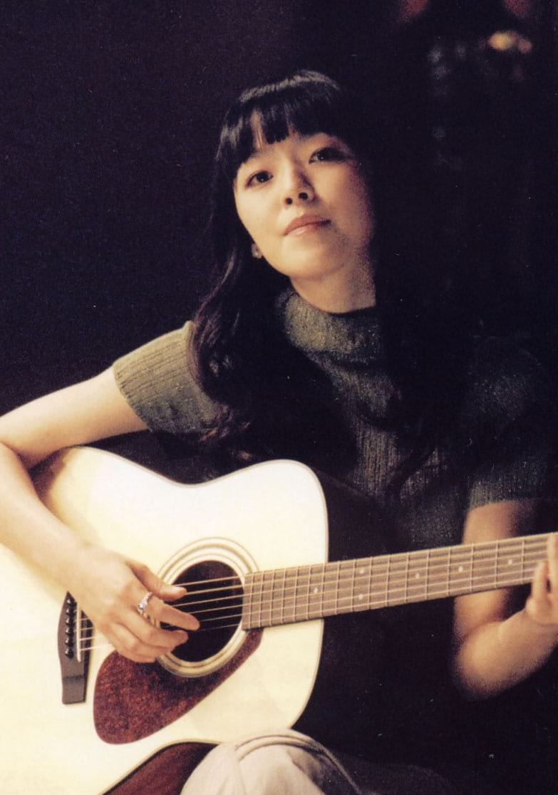 La chanteuse de rock coréen Kim Yun Ah