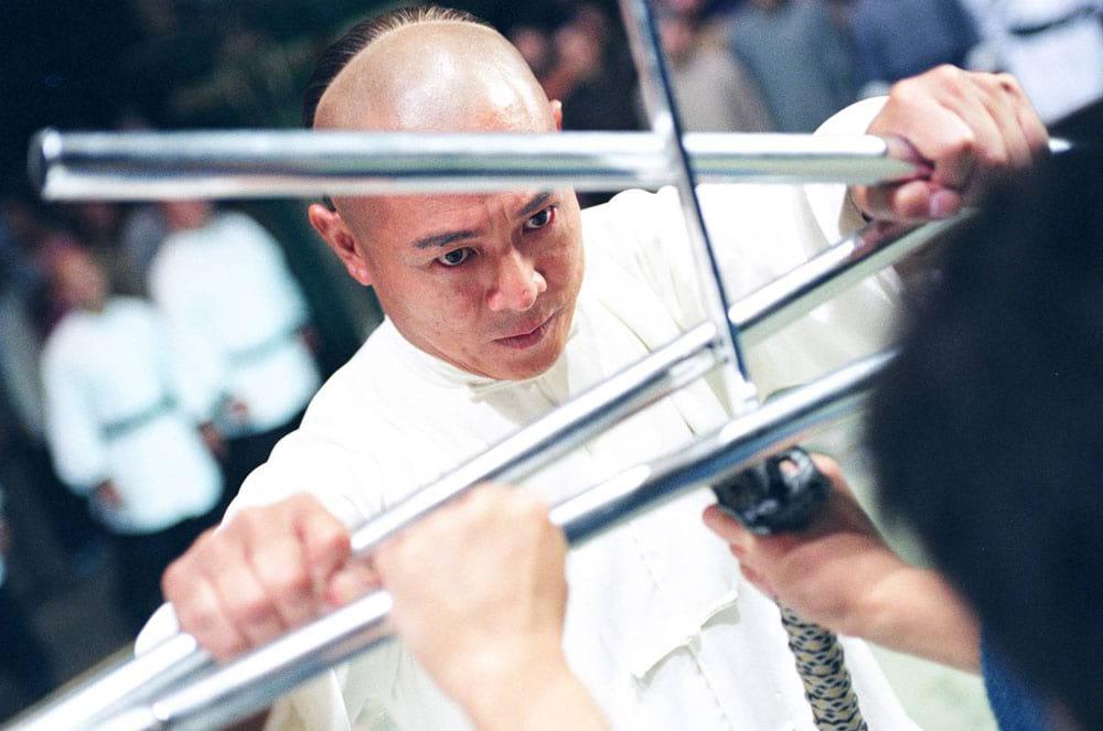 Jet Li fighting in Fearless