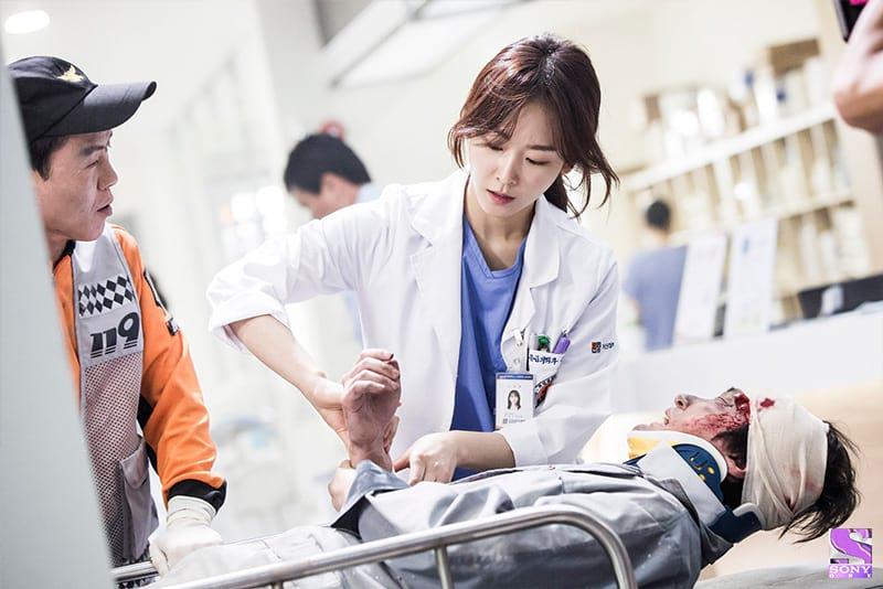 Yoon Seo Jung (Seo Hyun Jin) dans Dr Romantic