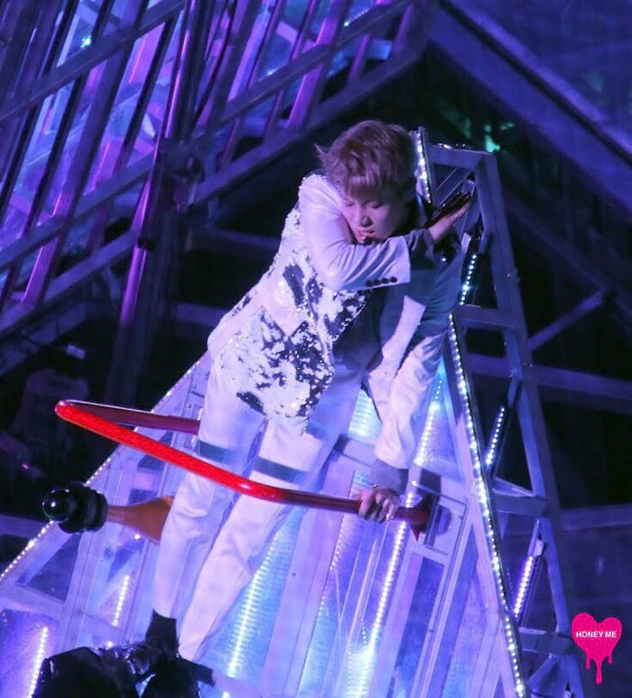 Taemin en concert au Tokyo Dome