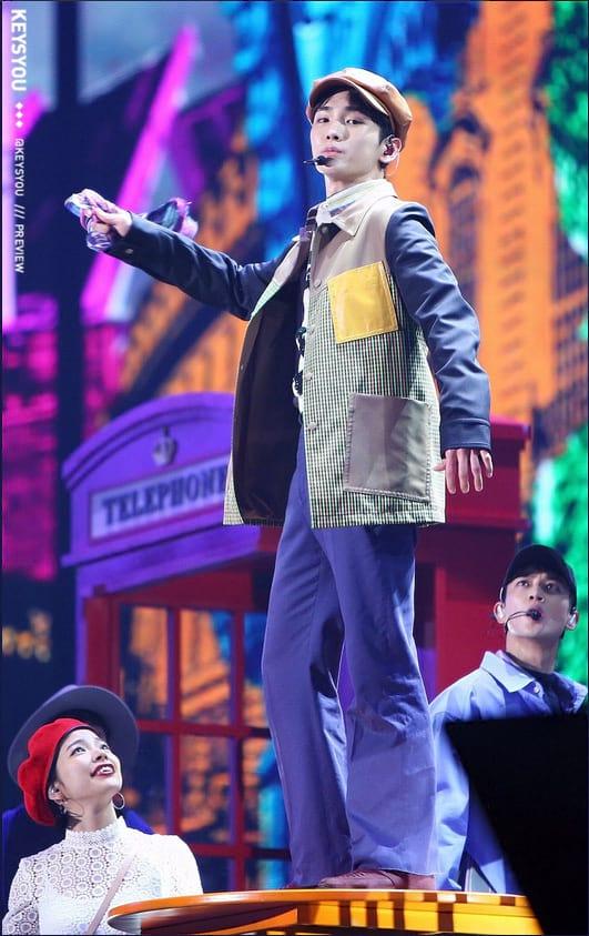 Key de SHINee danse Your Number