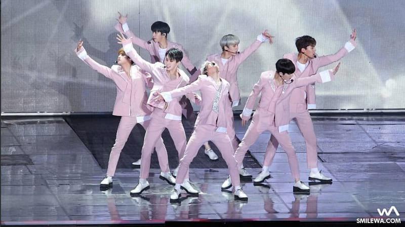 Monsta X au K-pop World Festival 2017