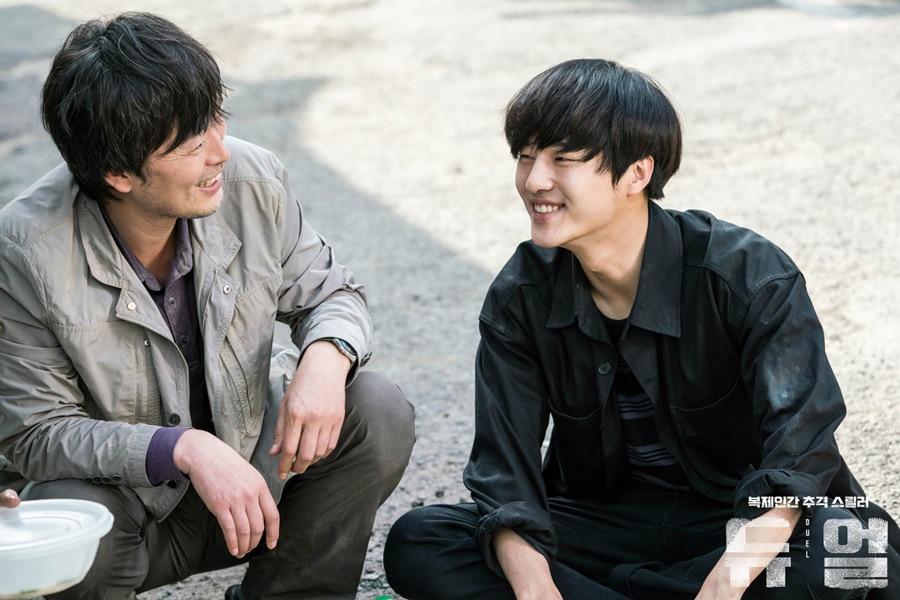 Jung Jae Young et Yang Se Jong sur le tournage de Duel