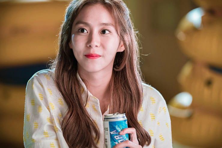 Uee joue Soo Jin, le grand amour de Kim Jaejoong dans 'Manhole'
