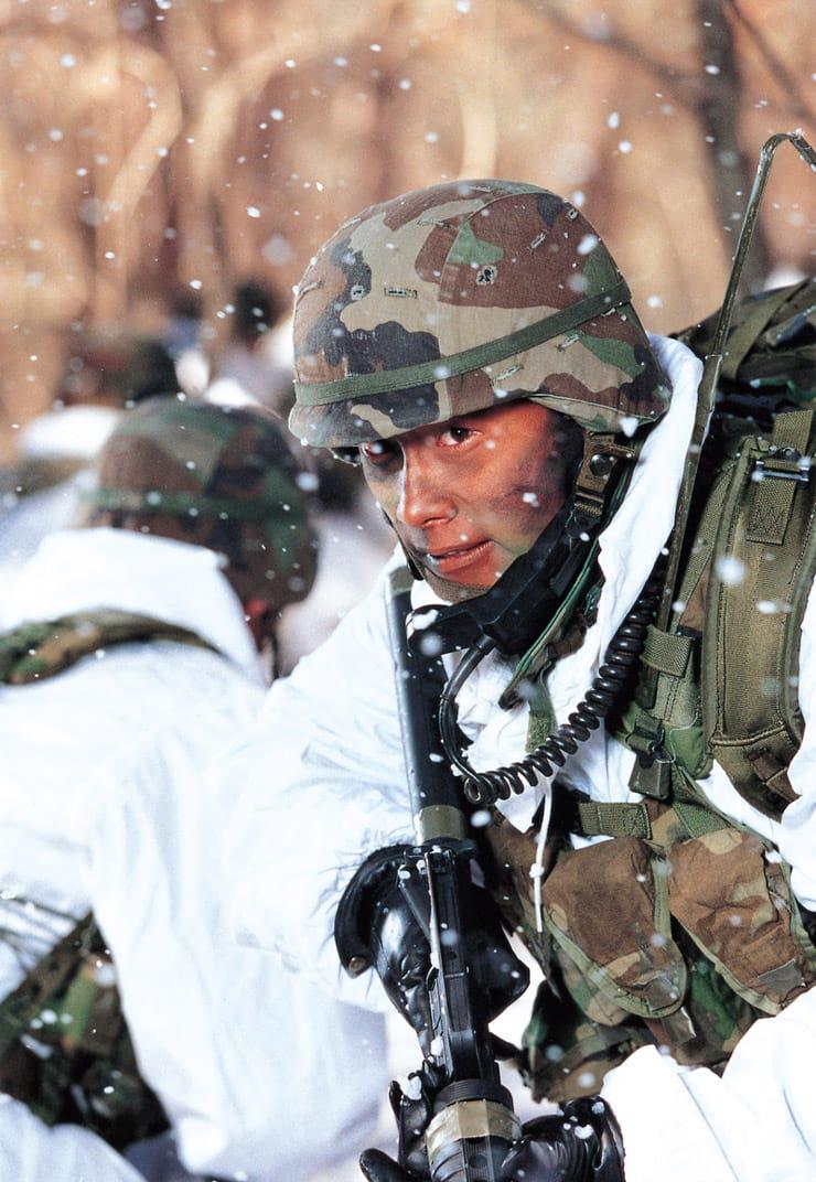 Lee Byung-Hun dans JSA (Joint Security Area)