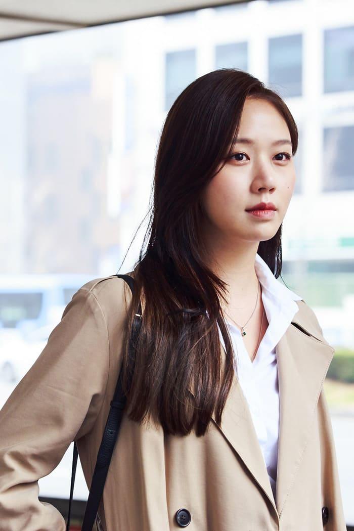 L'actrice coréenne Go Sung Hee dans le drama Suits