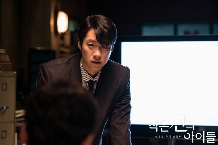 "Sim Hee Seop interprète le procureur Joo Ha Min dans le drama coréen ""Children Of A Lesser God"" (OCN)"