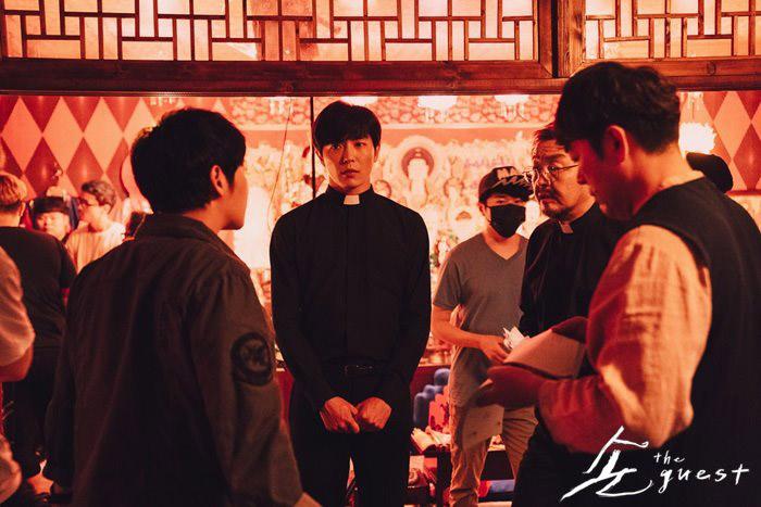 Kim Jae Wook sur le tournage de The Guest