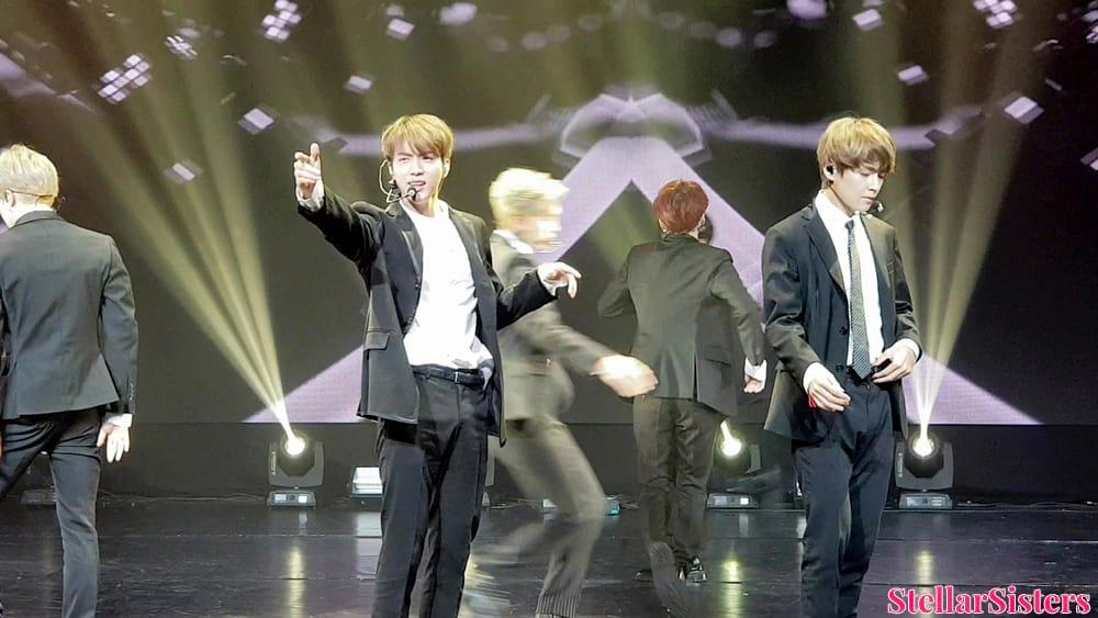 Jin et V de BTS