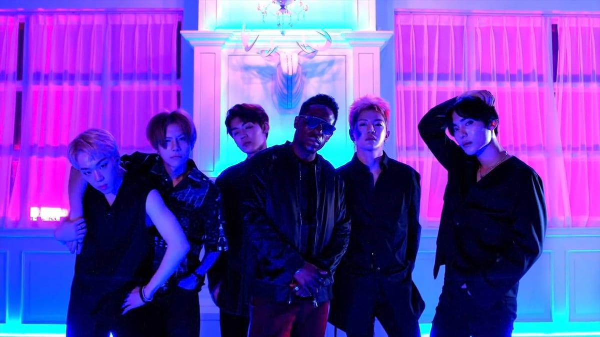 Hcue et le groupe de K-Pop Ace