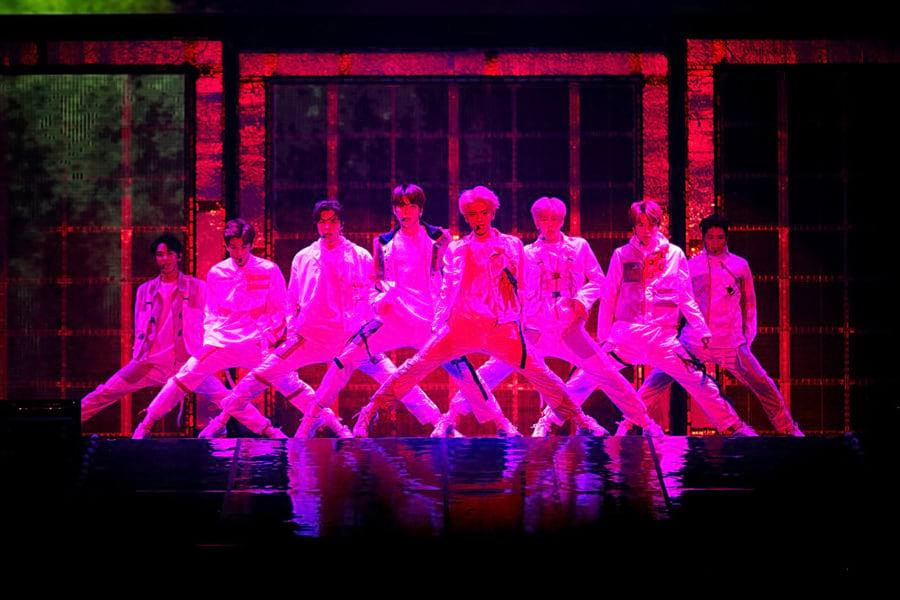 Chorégrahie de Cherrybomb (NCT 127)