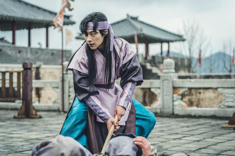 Nam Sun Ho (Woo Dohwan) prêt à se battre