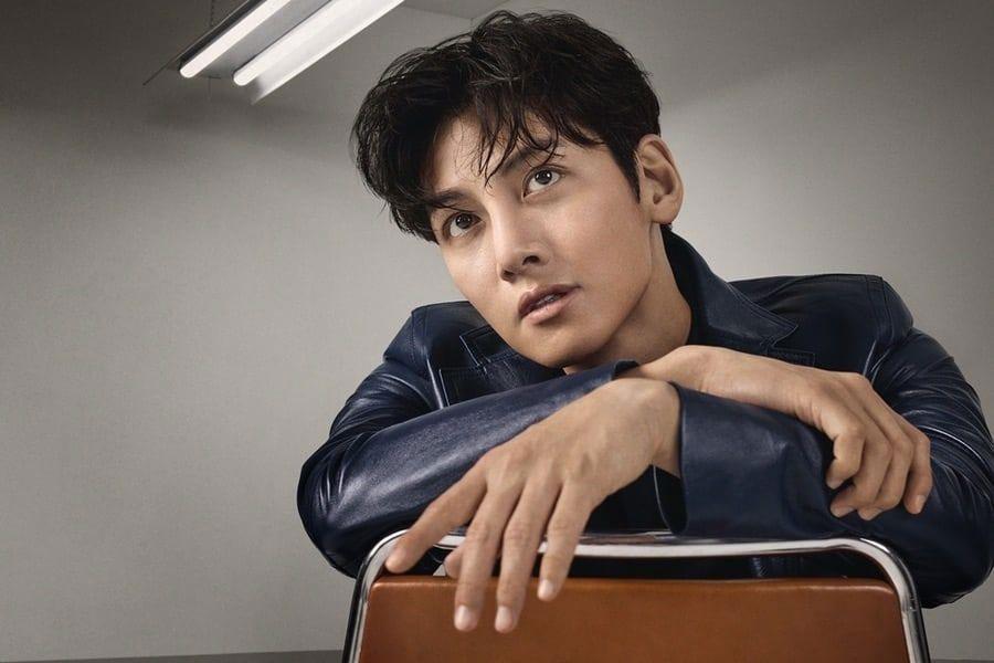 L'acteur coréen Ji Chang Woo pour Calvin Klein 2020