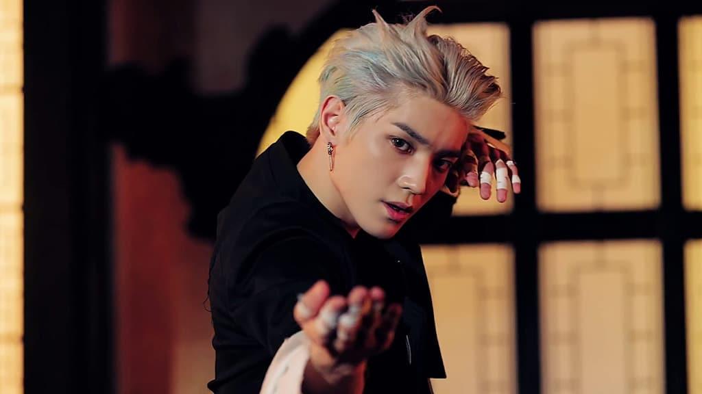 Taeyong (Kick It)