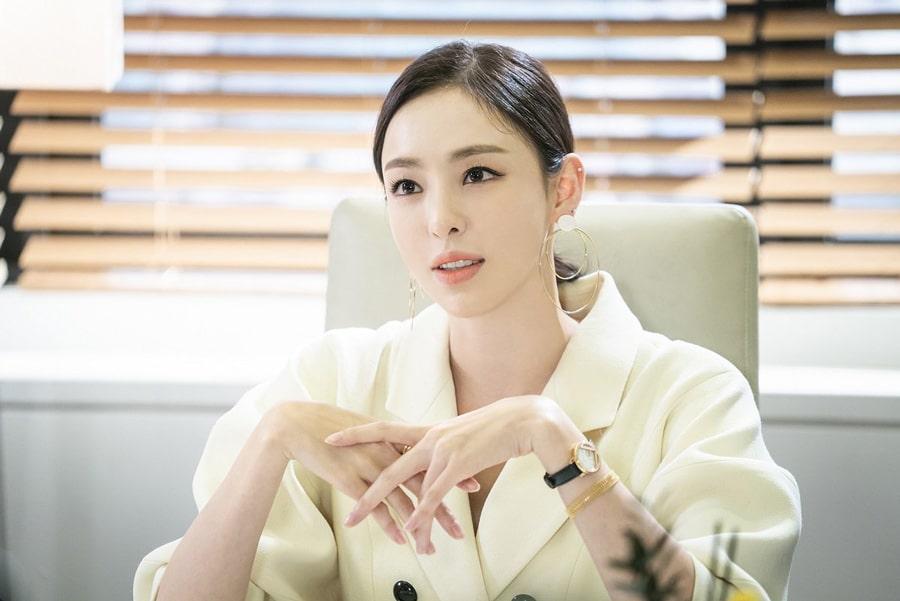 Lee Da Hee dans la série coréenne Search WWW