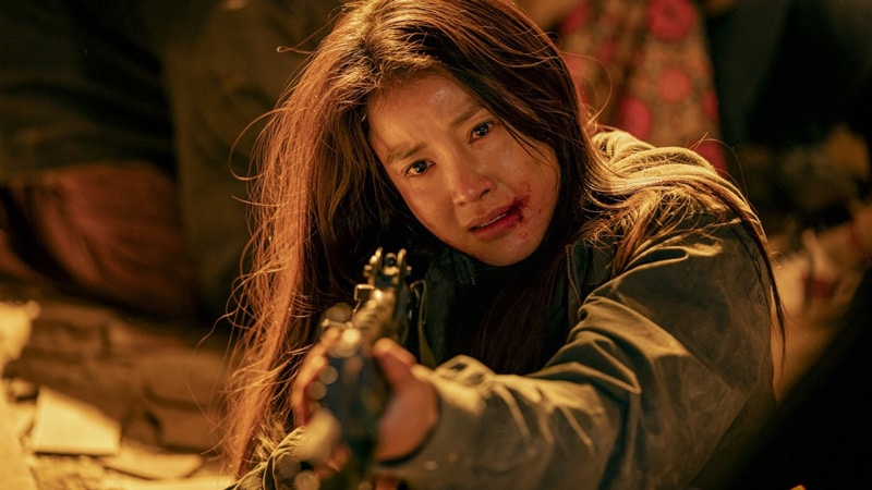 Lee Si Young dans Sweet Home (Netflix)